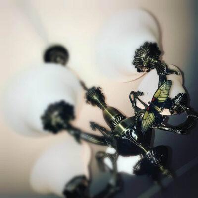Papilio Memnon на люстре